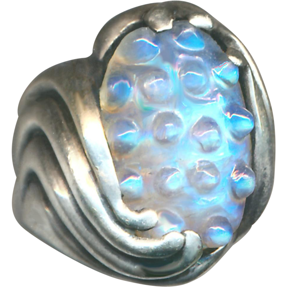 Ring--Very Uncommon Hand-crafted & Cut Large Moonstone in Sterling Silver