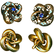 Button--ONE Small Uncommon Early 20th C. 14 Kt. Gold Enameled Love Knot