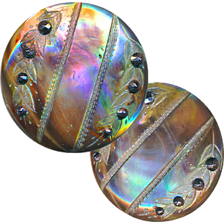 Button--ONE Mid-19th C. Iridescent Pearl Engraved with Wheat with Cut Steels