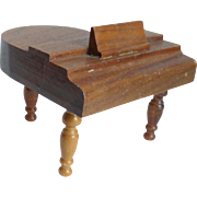 "3"" tall Grand Piano for the Dollhouse"