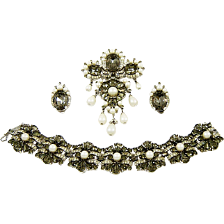 Vintage Trifari Bracelet Brooch Pendant Earrings  Black Rhinestone Diamante Fx Pearl Set