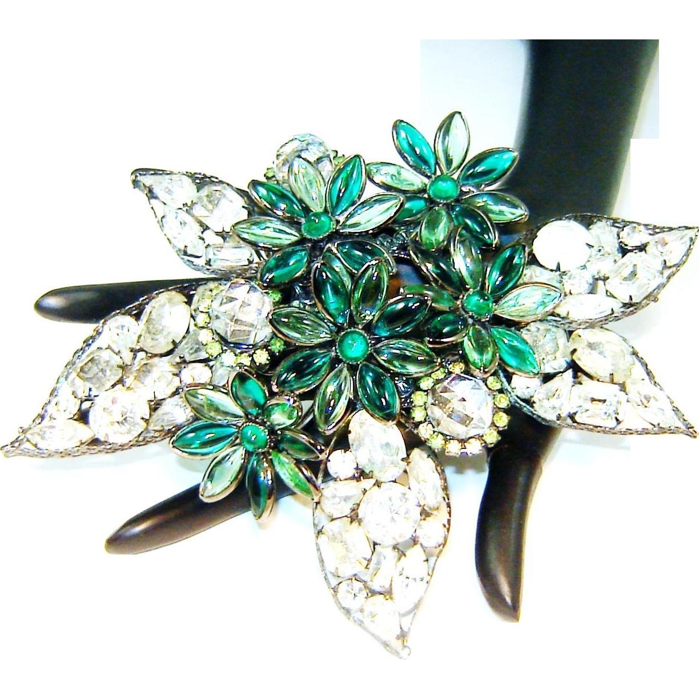 Vrba Flower Brooch Art Glass Rhinestones Crystals