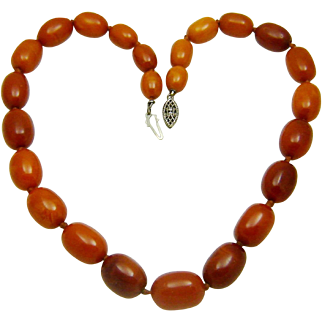 Vintage Deco Baltic Amber Necklace Natural Butterscotch Beads