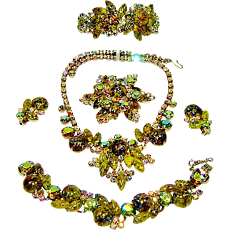 Last Chance Vintage Juliana Necklace Bracelet Brooch Earrings Clamper Green Harlequin AB Rhinestone D&E Book Set