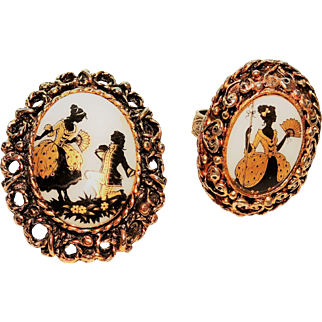 Vintage Courting Couple Ring Brooch Porcelain Cabochons