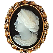 Lovely Vintage Cameo Brooch
