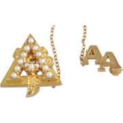 Genuine Alpha Gamma Delta Badge Pearl Pin - 14k Yellow Gold 5+g Vintage Sorority