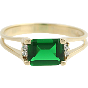 Green Glass & Cubic Zirconia Ring - 10k Yellow Gold Simulated Emerald Size 8 1/2