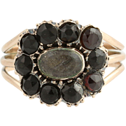 Victorian Mourning Ring - 9k Yellow Gold Garnets Antique