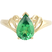 Green Cubic Zirconia Solitaire Cocktail Ring - 14k Yellow Gold 8 Fashion DQ CZ