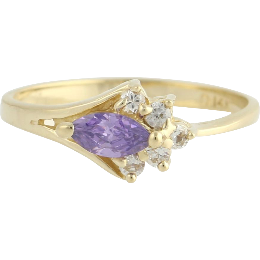 Purple CZ Ring - 14k Yellow Gold Cubic Zirconias Fashioned Estate