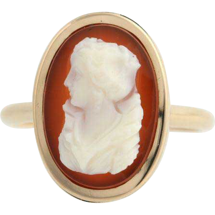 Victorian Cameo Ring - 10k Yellow Gold Carved Hardstone Banded Agate Vintage
