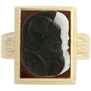 Art Deco Carved Warrior Ring - 10k Yellow Gold Banded Agate Cameo Vintage