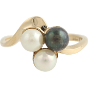 Cultured Pearl Ring - 10k Yellow Gold Trio June Gift Women's Size 6 Fine Estate