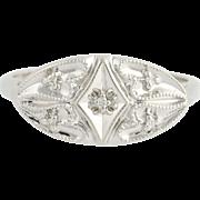 Diamond-Accented Ring - 10k White Gold Milgrain Women's .02ctw