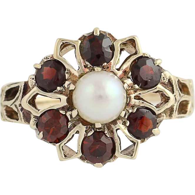 Garnet & Cultured Pearl Flower Ring - 10k Yellow Gold Women's 0.90 5.1mm