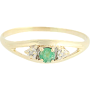Emerald Ring w/ Diamond Accents - 10k Yellow Gold Birthstone Women's 0.16ctw