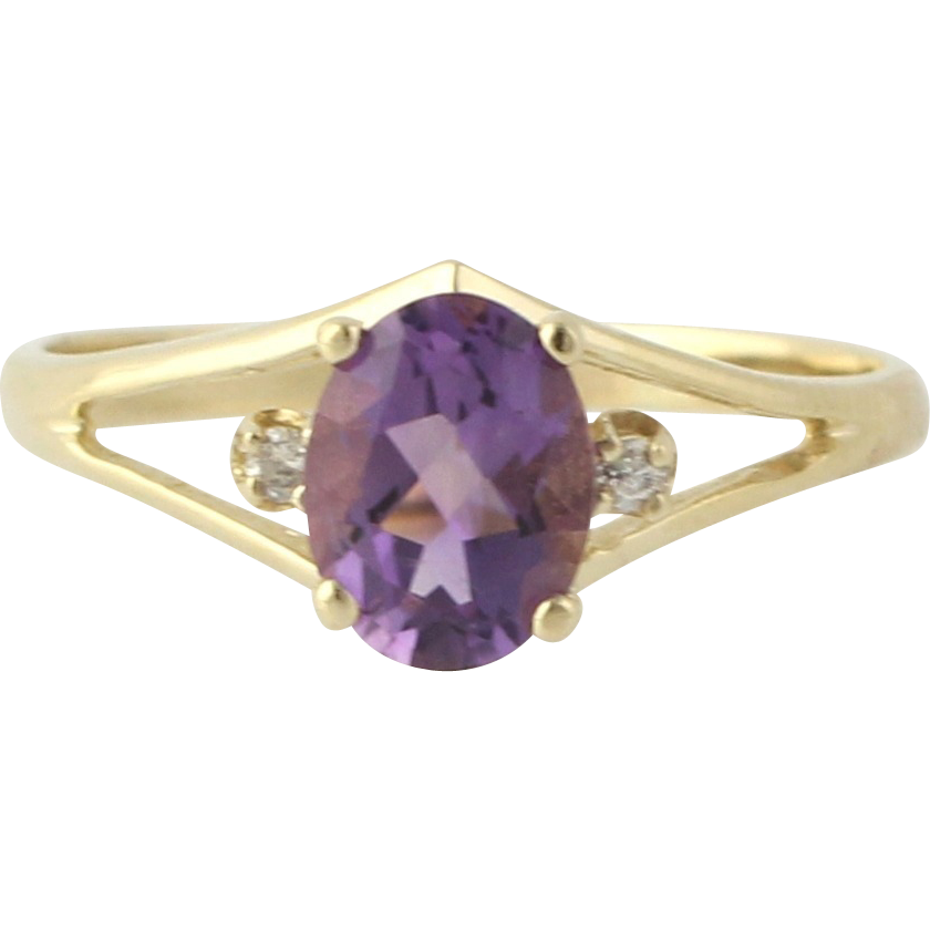 Solitaire Amethyst Ring with Diamond Accents - 10k Yellow Gold Estate Band 7.75