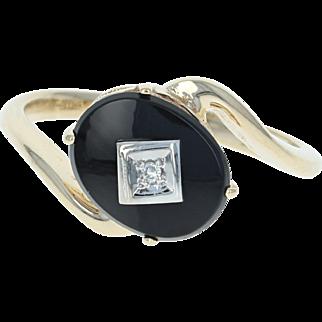 Onyx Bypass Ring - 10k Yellow Gold Diamond Accent Women's Size 6 1/2