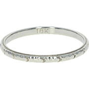 Art Deco Wedding Band - 18k White Gold Etched Vintage Women's Ring Size 9