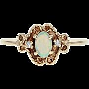 Vintage Opal & Diamond Ring - 10k Yellow Gold 0.23ctw