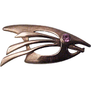 Mid Century Modernist  Sigi Pineda Taxco Sterling Silver Fish Pin Brooch with Amethyst Eye