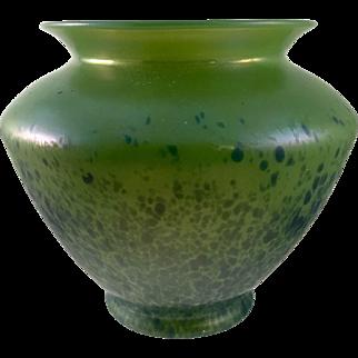 Loetz Orchis Iridescent Bohemian Art Nouveau Glass Vase, ca. 1903