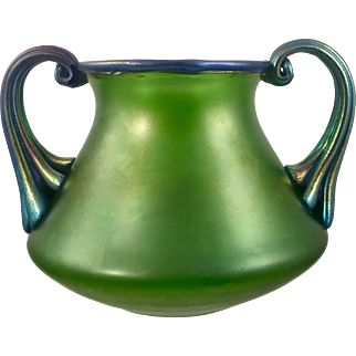 Loetz creta mit blau Silberiris, PN II-5481, ca. 1920 Bohemian Art Nouveau Jugendstil Iridescent Glass Vase