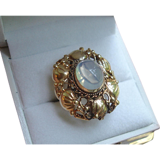 Vintage 14k Gold Moonstone Cocktail Ring, circa 1940's