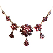 Beautiful Vintage Bohemian Garnet Gilt Necklace