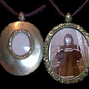 Beautiful Gold Filled Open Portrait~Memory Locket Medallion