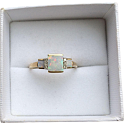 Vintage 10k Gold, Opal and Diamond Ring
