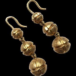 Beautiful Antique French 18k Gold Dangling Earrings, c. 1860