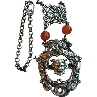 Fascinating Silver Necklace with Chinese Carnelian Beads