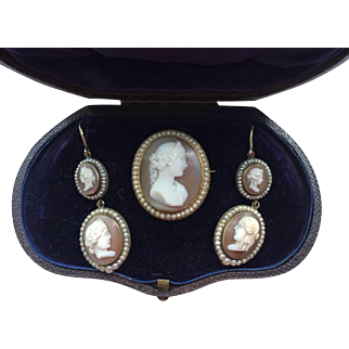 Magnificent 15k Gold Cameo Demi-Parure Earrings Brooch
