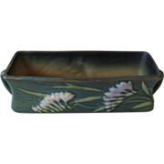 Roseville Freesia Green 8 Inch Window Box, ca 1945