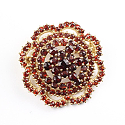 Vintage 14K Yellow Gold Garnet Pin