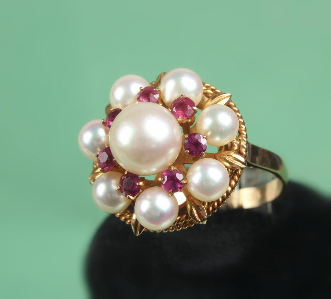 K Gold Rubies And Pearl Ring