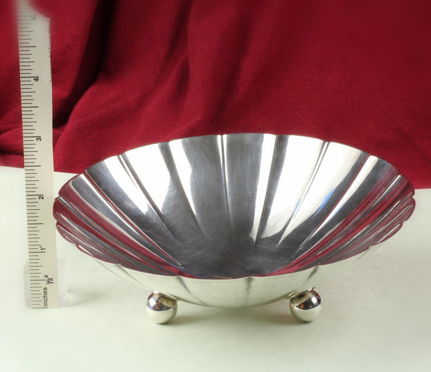 "6"" Diameter, Ball Footed, Tiffany & Co. Sterling Silver, Fluted Bowl / Dish .... 22673"