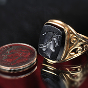 10K  Yellow Gold Onyx Intaglio Ring