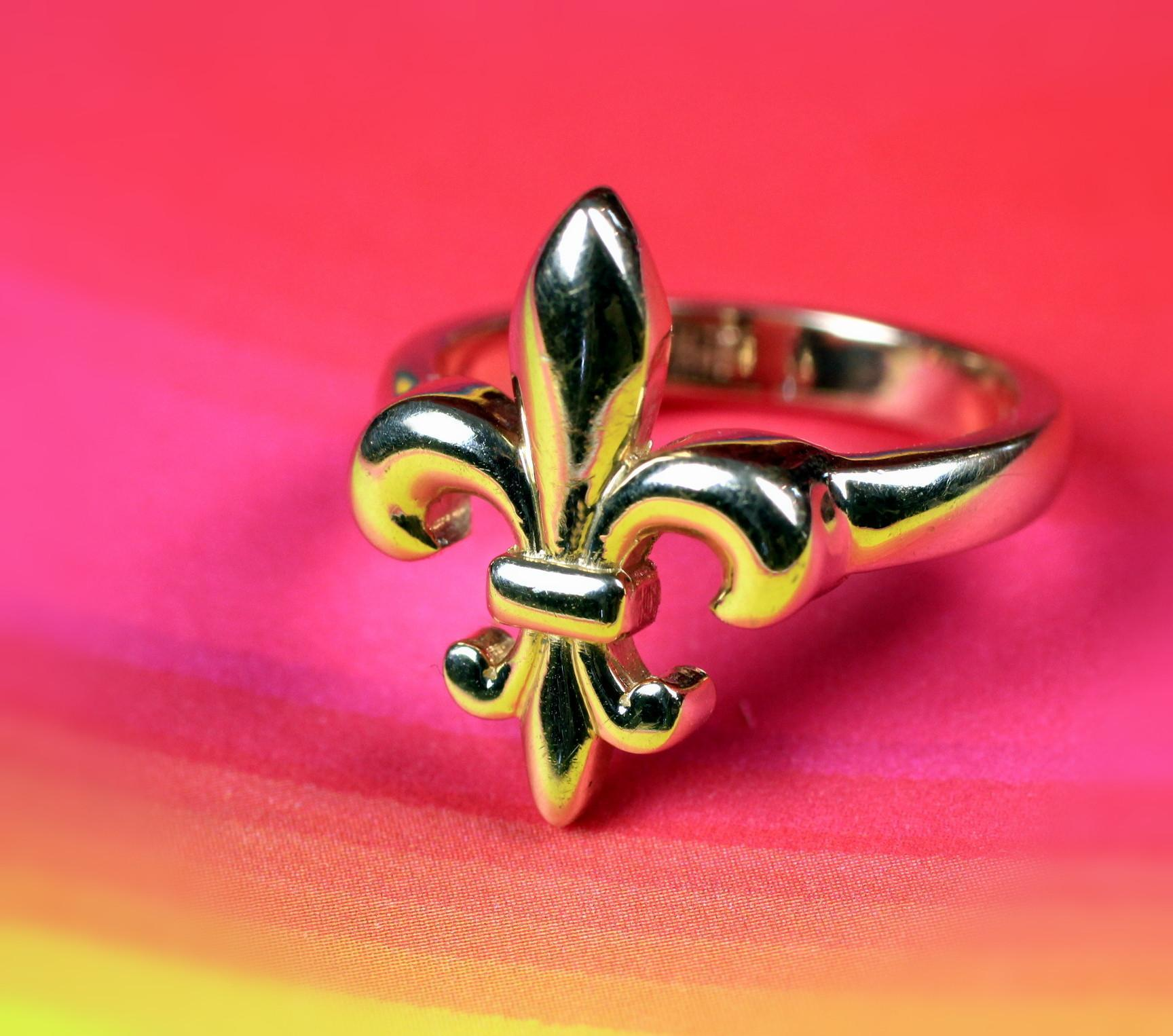 14K Yellow Gold Fleur de Lis Ring