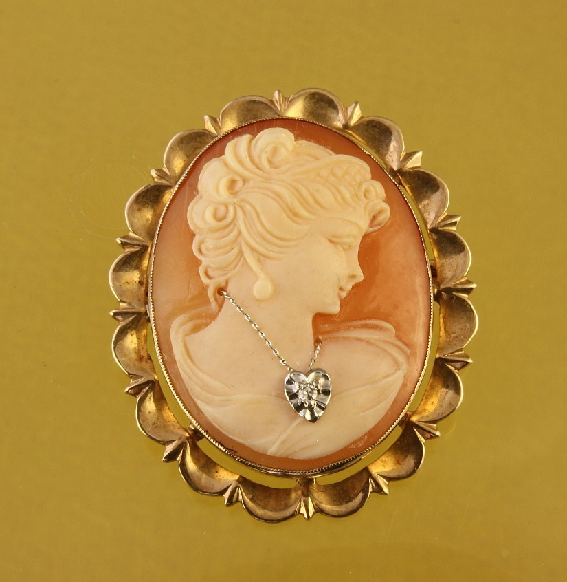 10K Gold Cameo with Diamond Necklace