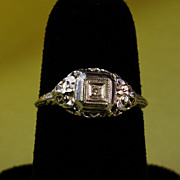 10k White Gold Diamond  Filigree Ring