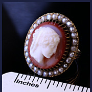 14K Gold Cameo Ring with 28 Pearls