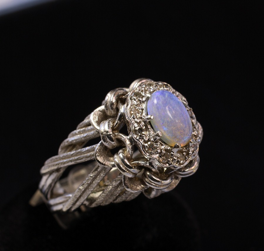 14k white gold opal ring from goodbee on ruby