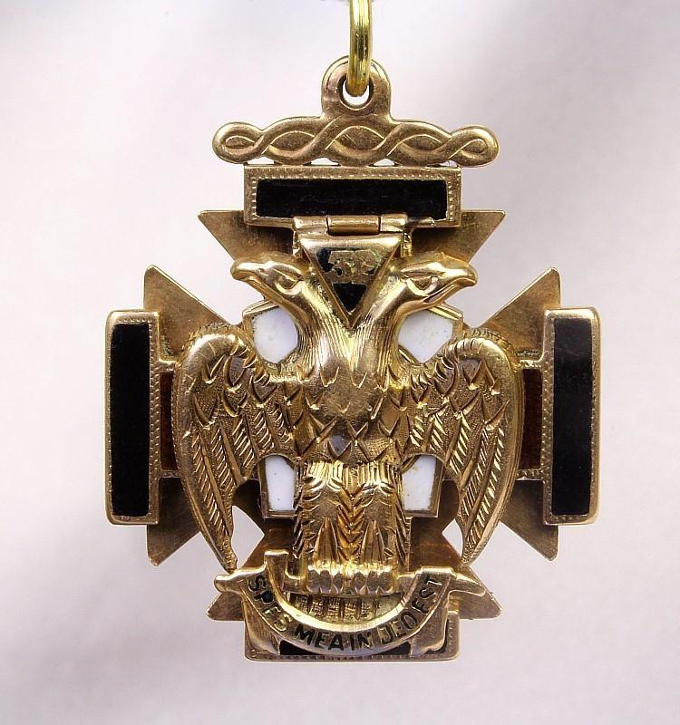 Vintage 10K Masonic 32nd Degree Scottish Rite Fob / Pendant