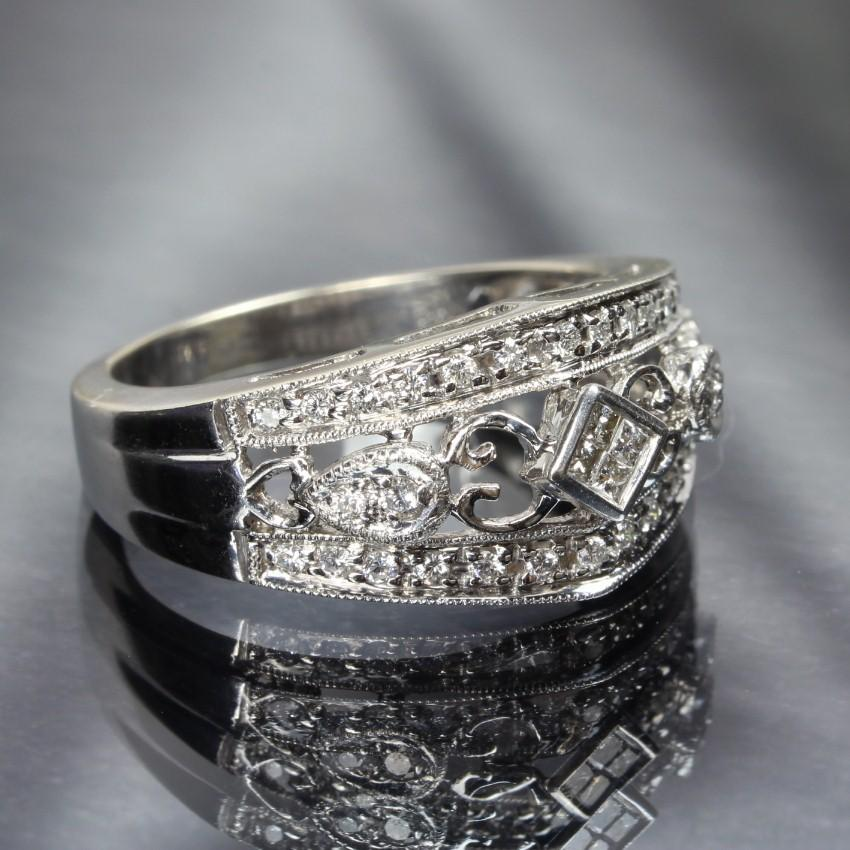 14K White Gold Ladies Diamond Filigree Ring