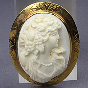 Old 14K Gold High Relief Cameo Pin