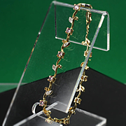 14K Yellow Gold Leaf Link bracelet with Pink Stones