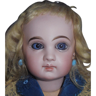 LIMITED TIME SALE** Gorgeous Antique French E 7 J Depose Jumeau Doll